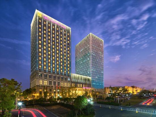 武汉开发区保和皇冠假日酒店